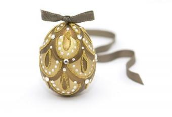 Easter Jewelry: 7 Fashionable & Festive Ideas