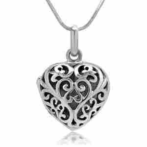 https://cf.ltkcdn.net/jewelry/images/slide/173709-300x300-heart-filigree.jpg