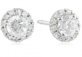 https://cf.ltkcdn.net/jewelry/images/slide/173747-500x350-diamond-stud-earrings.jpg