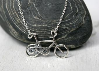 11 Bicycle Jewelry Images to Inspire