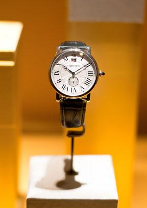 15 Cartier Fashion Watch Styles to Impress