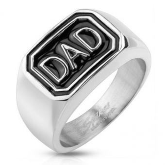 https://cf.ltkcdn.net/jewelry/images/slide/191753-350x350-dad-ring.jpg