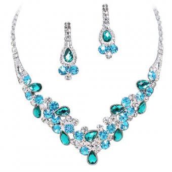 https://cf.ltkcdn.net/jewelry/images/slide/191754-500x500-aqua-crystal-prom-set.jpg