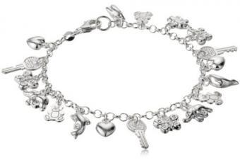 https://cf.ltkcdn.net/jewelry/images/slide/209468-500x333-Charm-bracelet.jpg