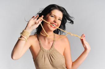 pearl necklace as a bracelet