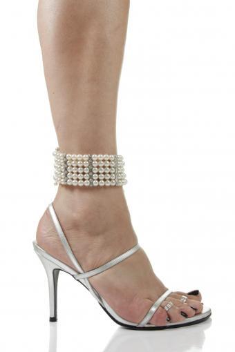 pearl anklet