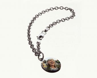 https://cf.ltkcdn.net/jewelry/images/slide/249656-600x488-1-charm-pictures.jpg