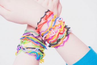 Jelly Charm Bracelet Styles of the Past & Today