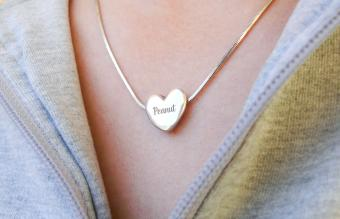 19 Creative Jewelry Engraving Ideas for Your Loved One