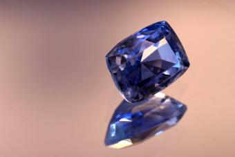 September Birthstone: Guide to the Brilliant Sapphire