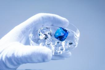Synthetic vs. Real Gemstones: Know Before You Buy