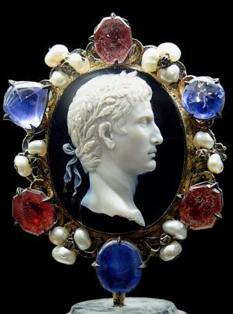 Cameo Augustus Cdm Paris