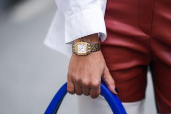 https://cf.ltkcdn.net/jewelry/images/slide/273688-850x566-expensive-luxury-watches.jpg