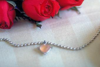 Ball chain and roses