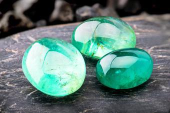 The emerald gemstone jewelry
