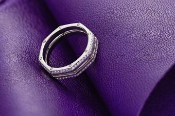 Purple gold ring