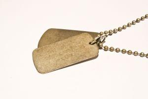 ID Bracelets & Dogtags: Show Who You Are in Style