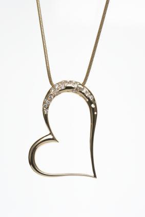 7 Jane Seymour Open Heart Necklace Designs