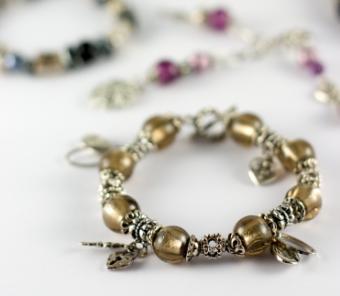 8 DIY Picture Charms for Bracelets & Necklaces