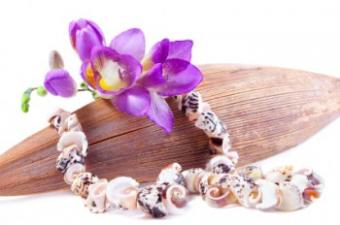 Jewelry Made From Shells: Keep a Piece of the Sea