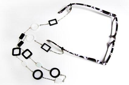 Eyeglass chain holder