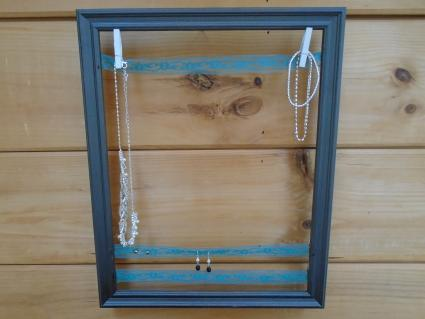 DIY Picture Frame Jewelry Holder