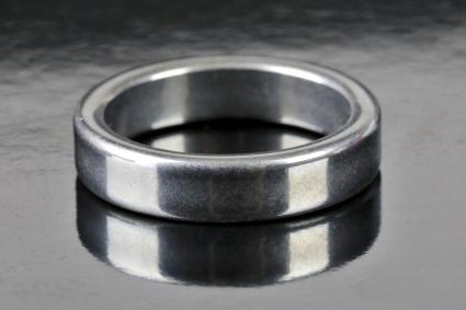 Polished ring mage of stainless steel