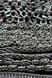 A variety of men's chains