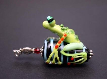A Blanche and Guy Designs Frog Bead