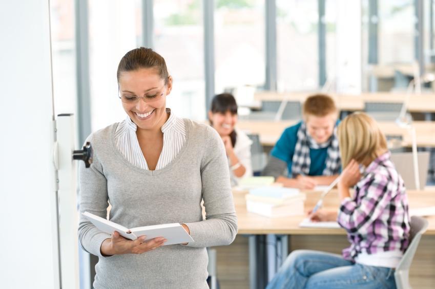 https://cf.ltkcdn.net/jobs/images/slide/128250-849x565r1-teacher_careers.JPG