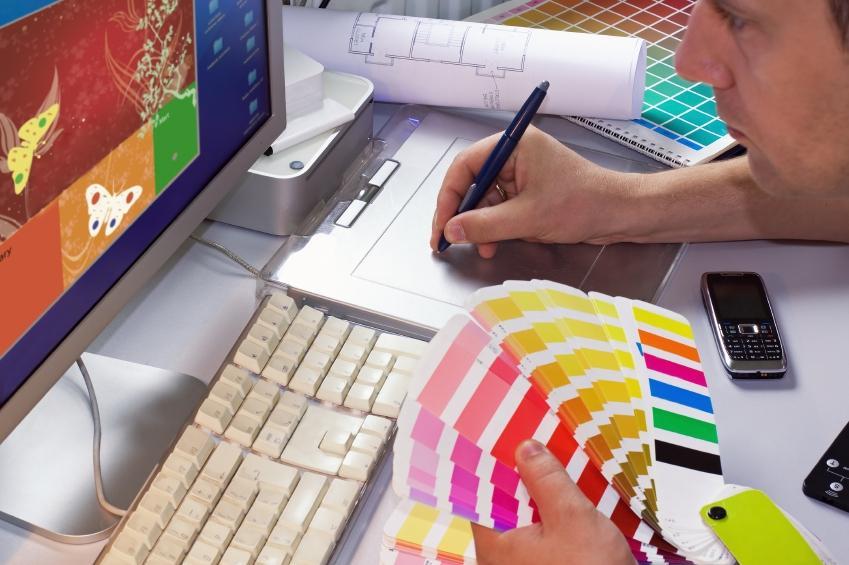https://cf.ltkcdn.net/jobs/images/slide/131114-849x565r1-graphic_designer_at_work.JPG