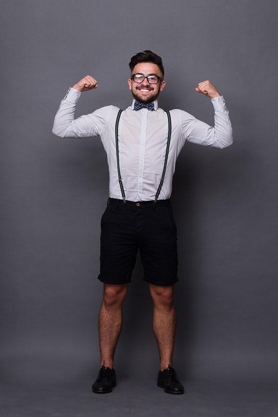 https://cf.ltkcdn.net/jobs/images/slide/189900-567x850-man-wearing-suspenders-and-bow-tie.jpg