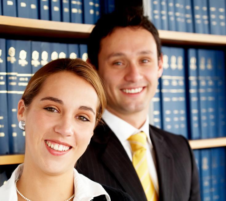 https://cf.ltkcdn.net/jobs/images/slide/33293-735x653-attorney.jpg