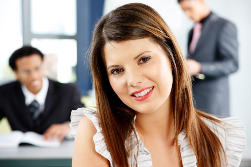 https://cf.ltkcdn.net/jobs/images/slide/33298-849x565-internship.jpg
