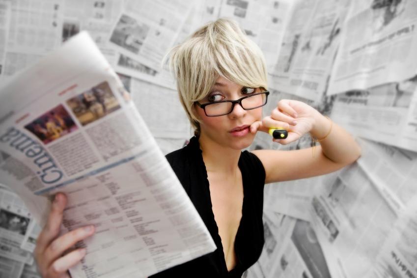 https://cf.ltkcdn.net/jobs/images/slide/33453-849x565-journalism_job.JPG