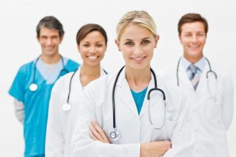 https://cf.ltkcdn.net/jobs/images/slide/131368-849x565r1-doctors_at_work.JPG