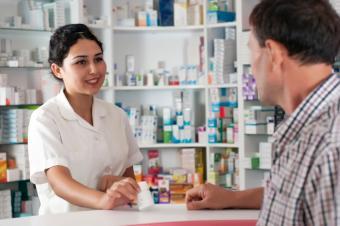 https://cf.ltkcdn.net/jobs/images/slide/131372-849x565r1-pharmacy_career.JPG
