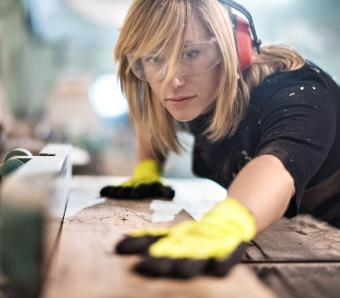 https://cf.ltkcdn.net/jobs/images/slide/253047-850x744-6-list-apprenticeships.jpg