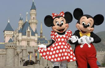 Mickey And Minnie Mouse in Disneyland
