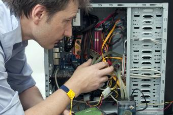 Computer tech repairing equipment