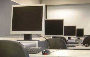 Image of a technology careers computer lab