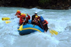Whitewater_rafting.jpg