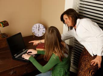 https://cf.ltkcdn.net/jobs/images/slide/33234-806x596-mentor.jpg