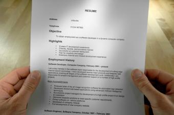 https://cf.ltkcdn.net/jobs/images/slide/33286-850x563-resume-%282%29.jpg