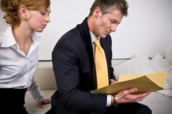 https://cf.ltkcdn.net/jobs/images/slide/33307-849x565-business_document.jpg