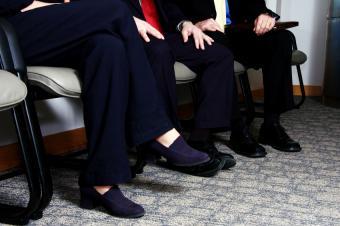 https://cf.ltkcdn.net/jobs/images/slide/33374-850x565-head_to_toes.jpg