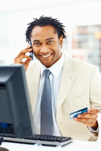 https://cf.ltkcdn.net/jobs/images/slide/33407-566x848-retail_worker.JPG