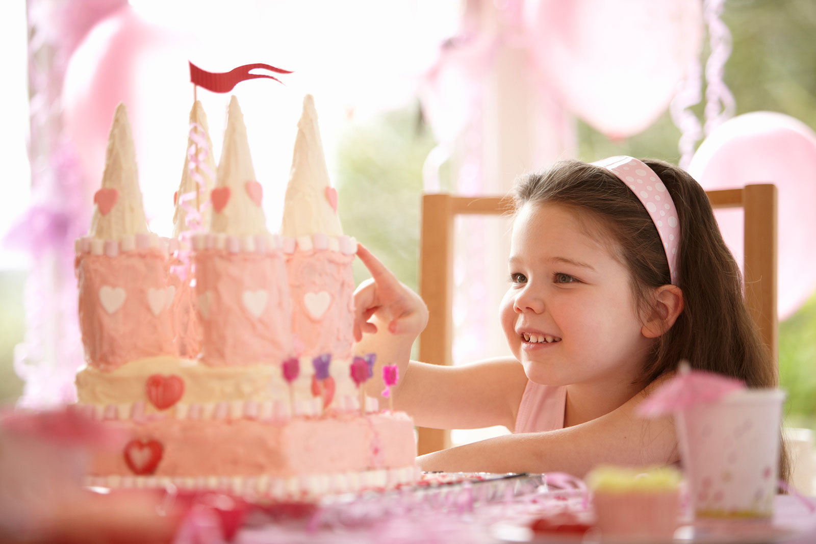 Astonishing Princess Birthday Cakes Lovetoknow Personalised Birthday Cards Veneteletsinfo