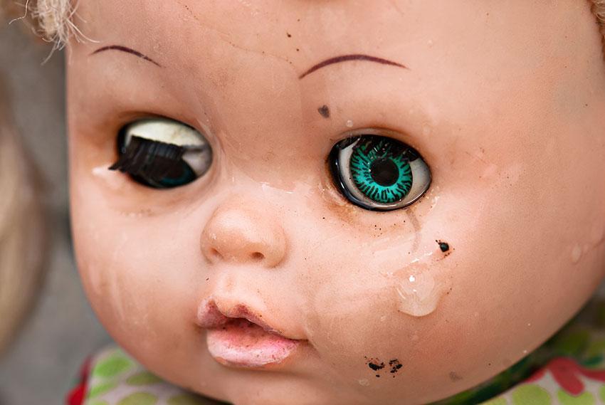 https://cf.ltkcdn.net/kids/images/slide/191349-850x569-toy-with-tear.jpg