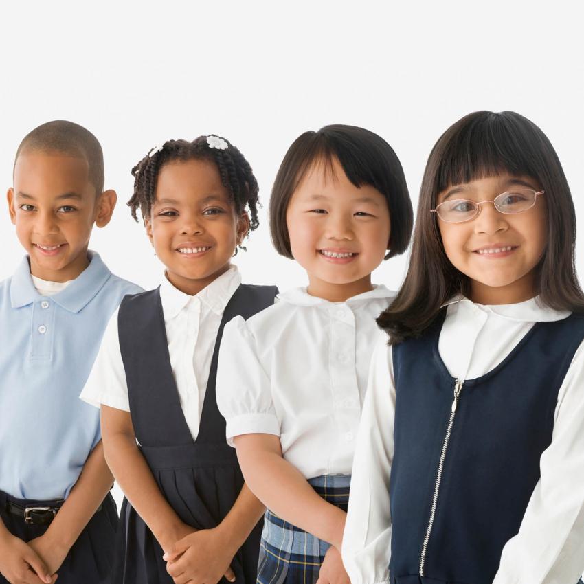 https://cf.ltkcdn.net/kids/images/slide/249317-850x850-school-uniform-gallery.jpg